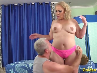 Mature Blonde Summer Vitalized all round Massage plus Toys till Orgasm