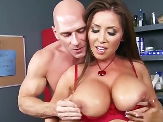 Adorable starless asian mom Kianna Dior