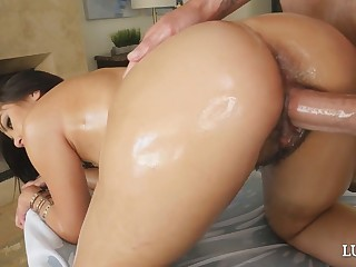 Stunning jam-packed babe Kendra Spade gets their way unshaved pussy drilled well