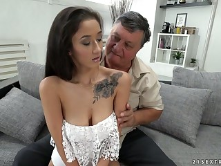 Old fart rims anus and fucks pussy of fetching brunette Darcia Lee