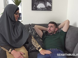 Muslim babe Sofia wants his huge weasel words