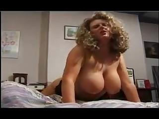 Gypsy gay fucked busty babe to hot vintage scene