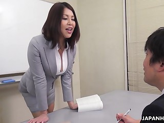 Erika Nishino talks to her future would fright assistant and fucks him good