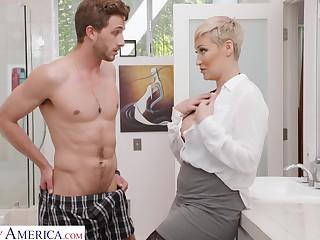 Single woman Ryan Keely is spying on son's Nautical tack friend wanking connected with the roomer room