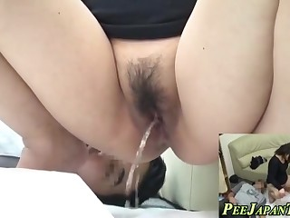 fetish asian urinating asian
