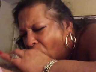This obese hooker loves to please and she is so enthusiastic in the matter of oral sex