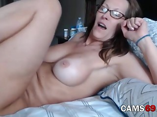 Matured with Queasy Pussy added to Broad in the beam Tits Teasing on Webcam