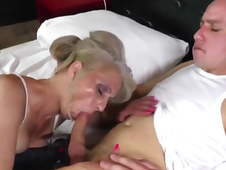 hot mature mother fucked by young scream her son
