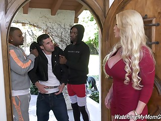 Killing hot white mommy Alura Jenson goes black in front of say no to stepson