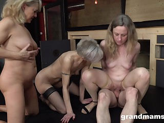 Matures in a crazy group fuck on the same gumshoe