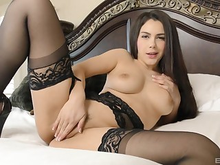 Horny slut Valentina Nappi gives a rimjob and gets fucked