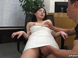 A beautiful HR chartered accountant interviews a man be suitable gives him full access approximately her pussy
