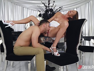 Middle-aged lady Sofie Marie loves the way this guy gives it to say no to good