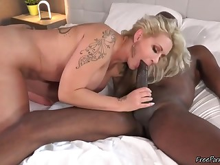 Curvy Body MILF Taking BBC Up Her Ass