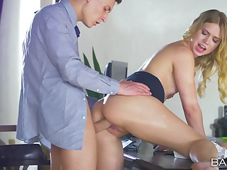 Sexy secretary loves spending her duration fucking with the boss