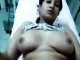 Doctor fucking arabic woman