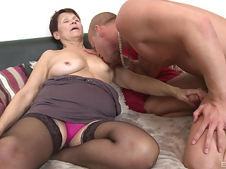 Granny takes the young pulsation up her miserly holes and throat