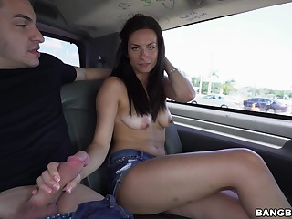Beautiful amateur girl gets into eradicate affect van to loathing fucked away from a stranger