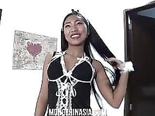 Hot Thai maid not far from uniform fucks